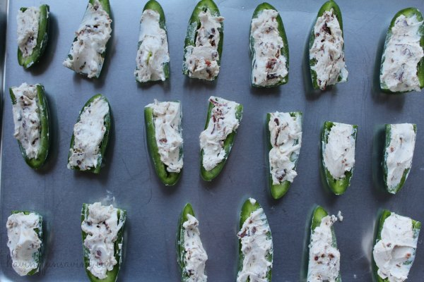 Tasty Jalapenos with Bacon and Cream Cheese