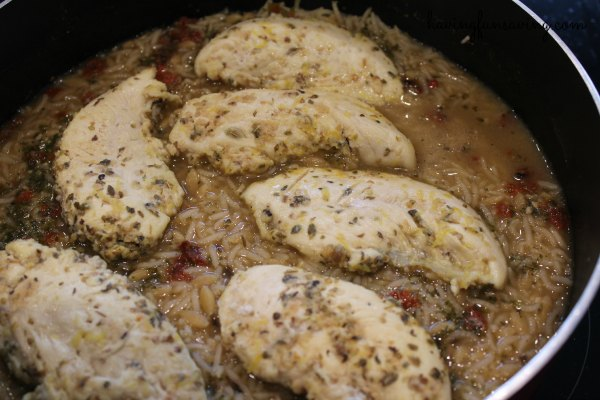 Easy One Pot Chicken and Lemon Rice