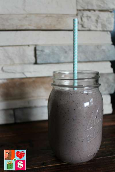 Healthy Blueberry Cucumber Protein Smoothie