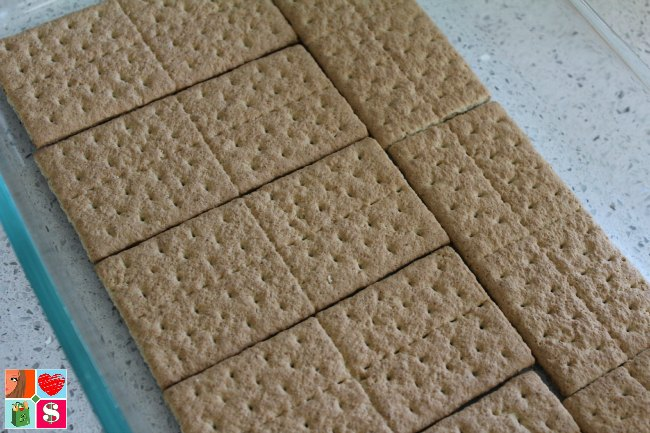 Candy Corn Inspired Eclair Cake Recipe