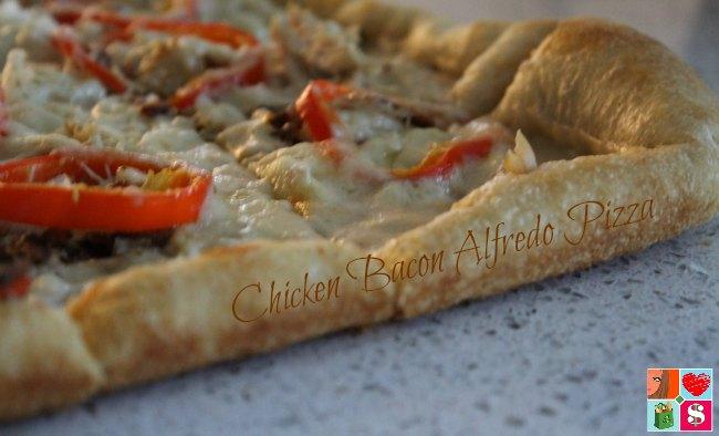 Easy Bacon Alfredo Pizza