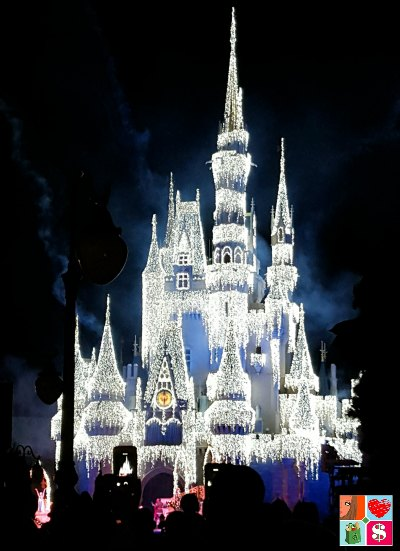 Why Our Family Loves Mickey's Very Merry Christmas Party