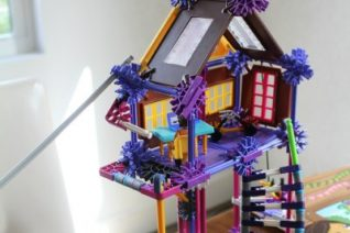 K'NEX Mighty Makers Inventor's Clubhouse Building Set
