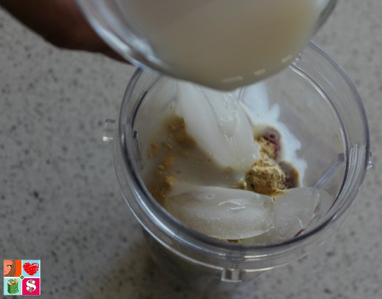 Peanut Butter Superfoods Smoothie