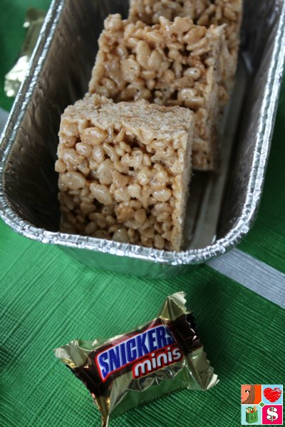Make A Snack Stadium For Game Day