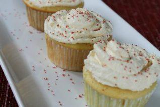 Low Calorie Vanilla Cupcakes