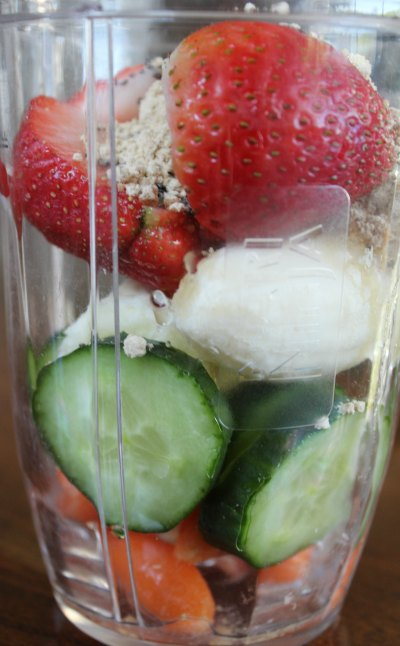 Peanut Butter and Fruit Protein Smoothie Recipe