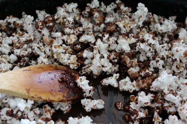 Easy Chocolate Coconut Popcorn