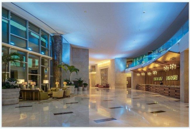 Hyatt Regency Orlando Front lobby