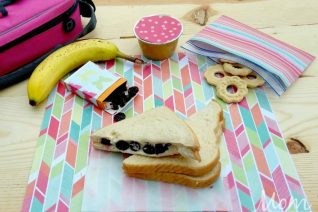 Sweetened Berry & Cream Cheese Sandwich on Food Wine Sunshine and Cooking