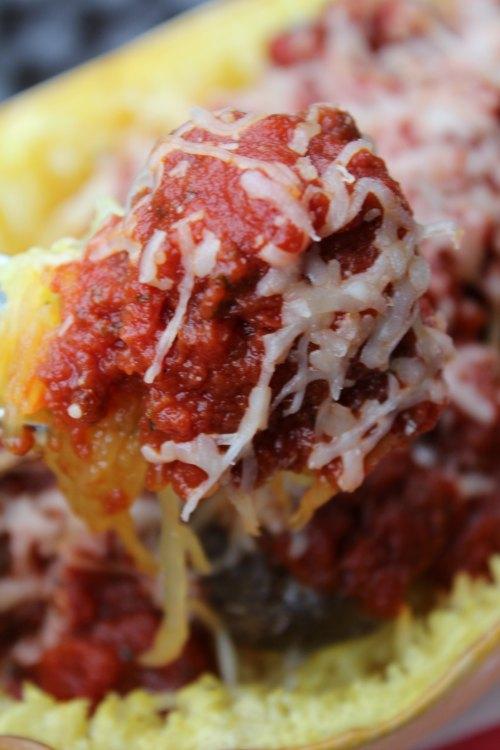 Tasty Spaghetti Squash and Meatballs