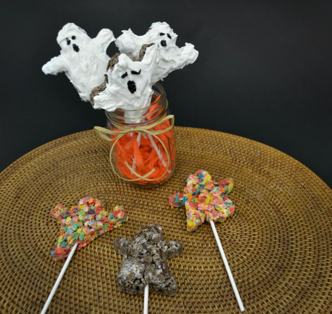 Halloween Snack Recipes - Pebbles Cereal Ghost Treats on Food Wine Sunshine