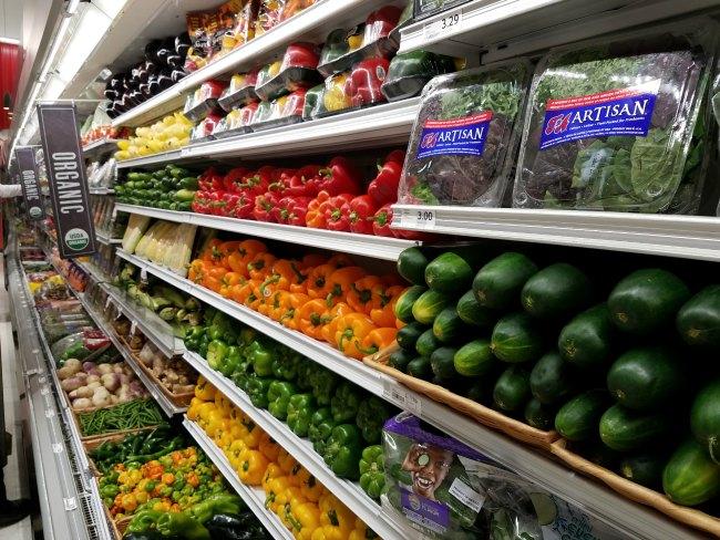 Winn-Dixie Hyde Park produce