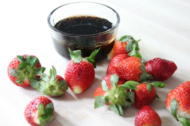 Homemade Strawberry Balsamic Vinaigrette Dressing