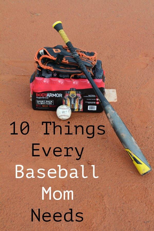 10 Things Every Baseball Mom Needs - Food Wine Sunshine