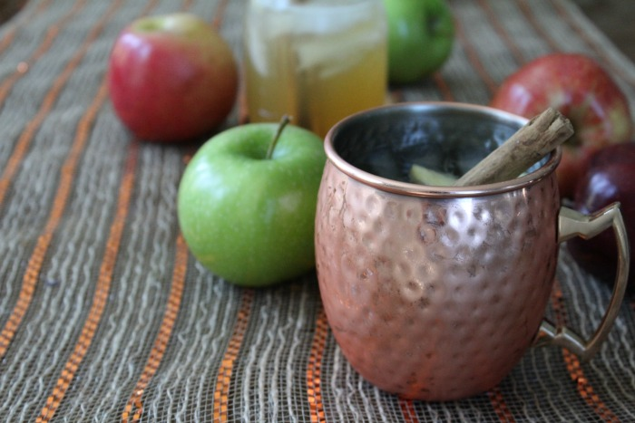 How To Make An Apple Cider Mule - Food Wine Sunshine