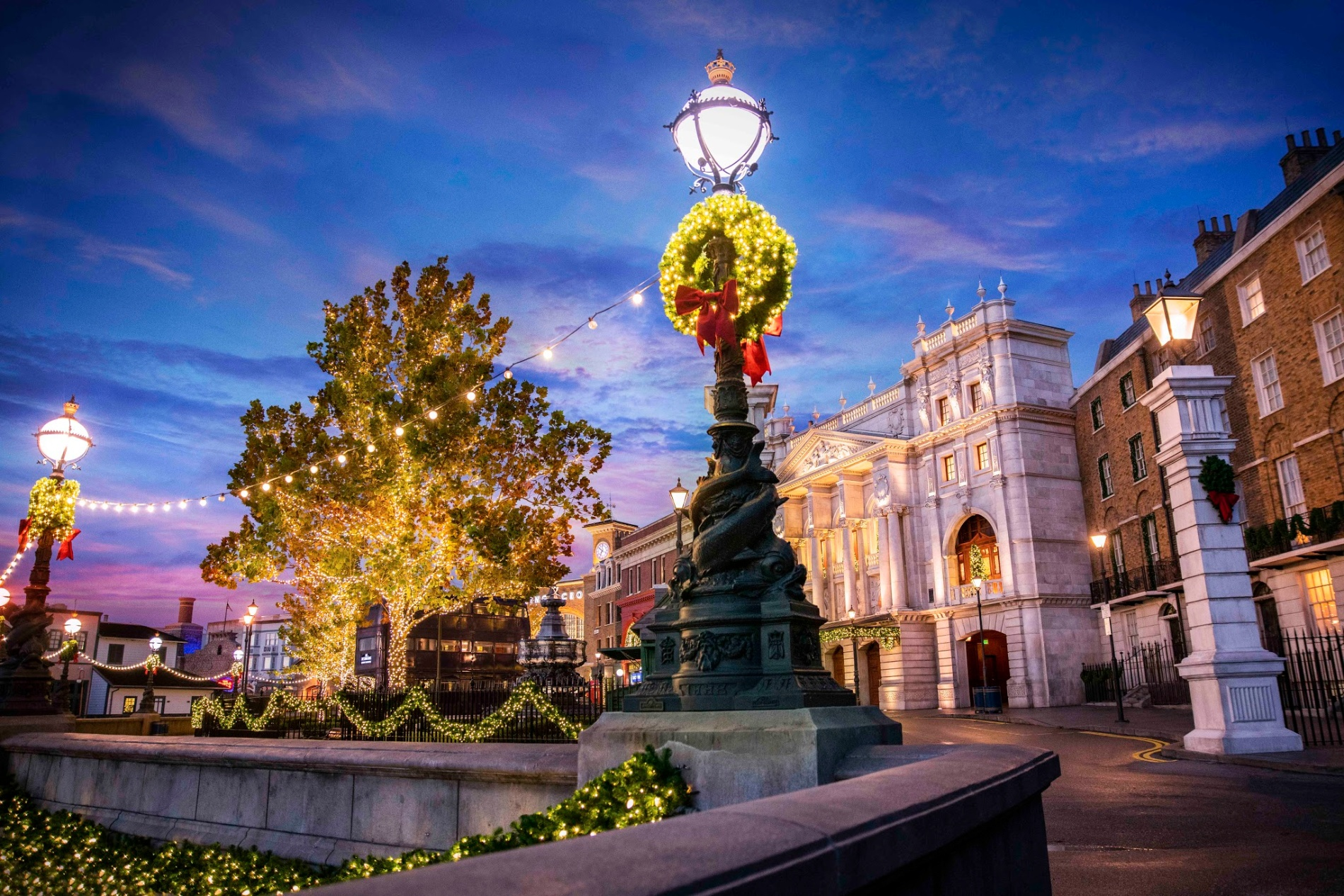 Universal Orlando Holiday Celebrations Info