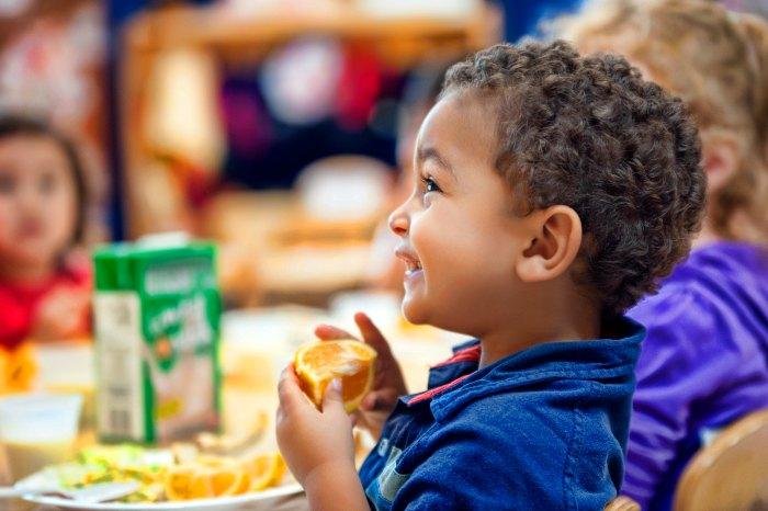 Healthy snacks for kids at preschool