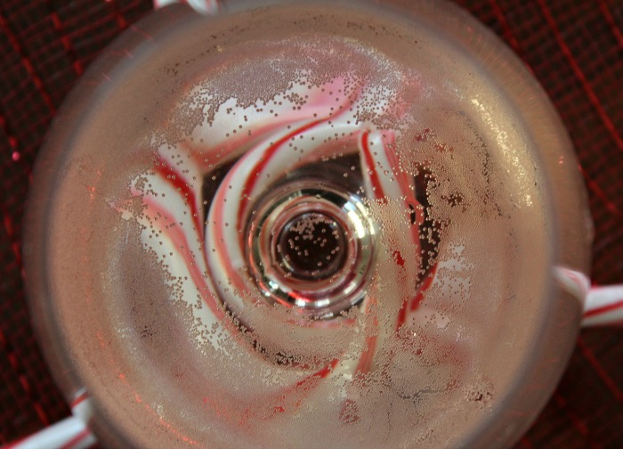 Peppermint Sparkling Wine Cocktail
