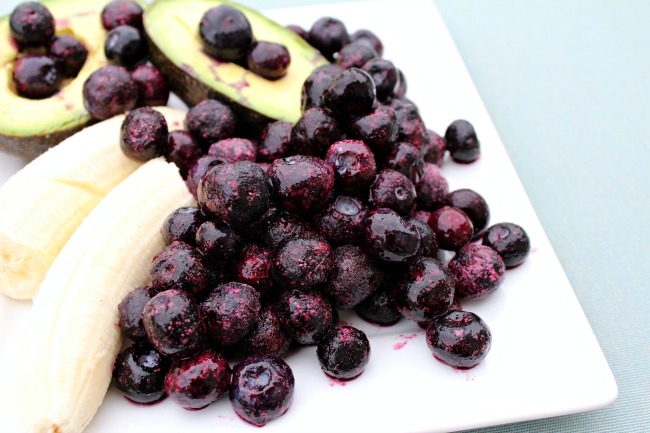 Delicious Avocado Blueberry Smoothie