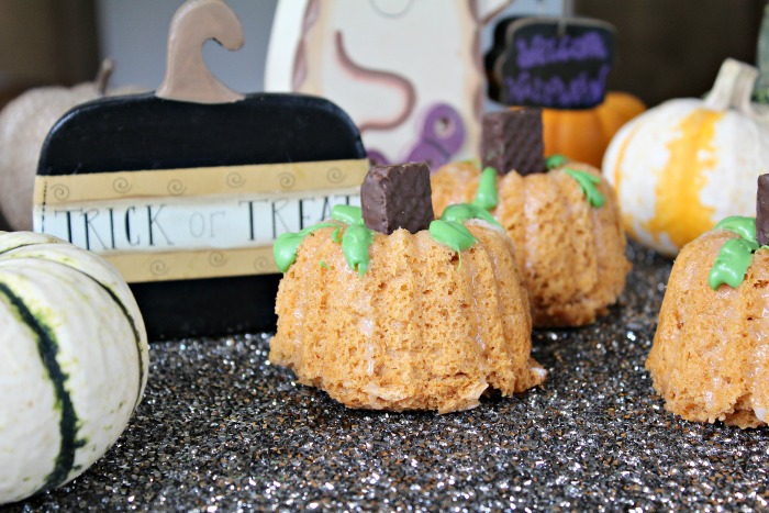 Mini Pumpkin Bundt Cake Pumpkin Patch
