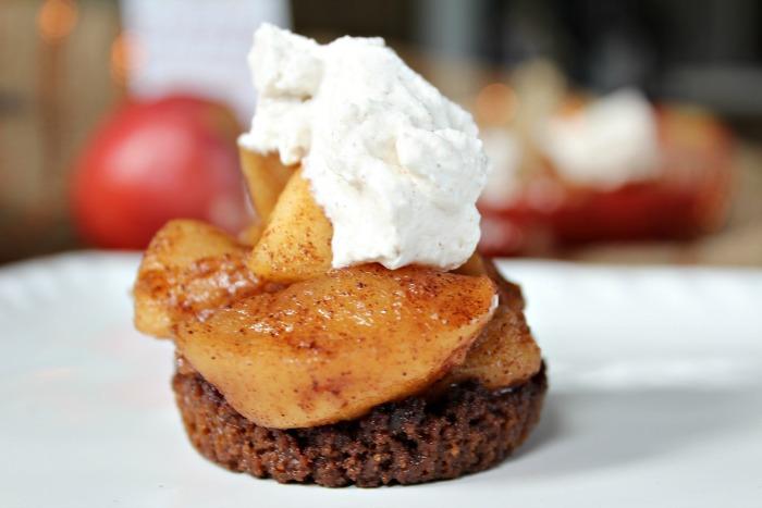 Mini Snickerdoodle Apple Pies