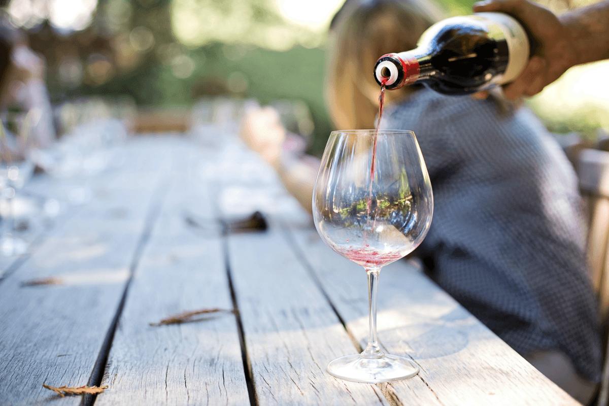 Wine Tasting Room Etiquette