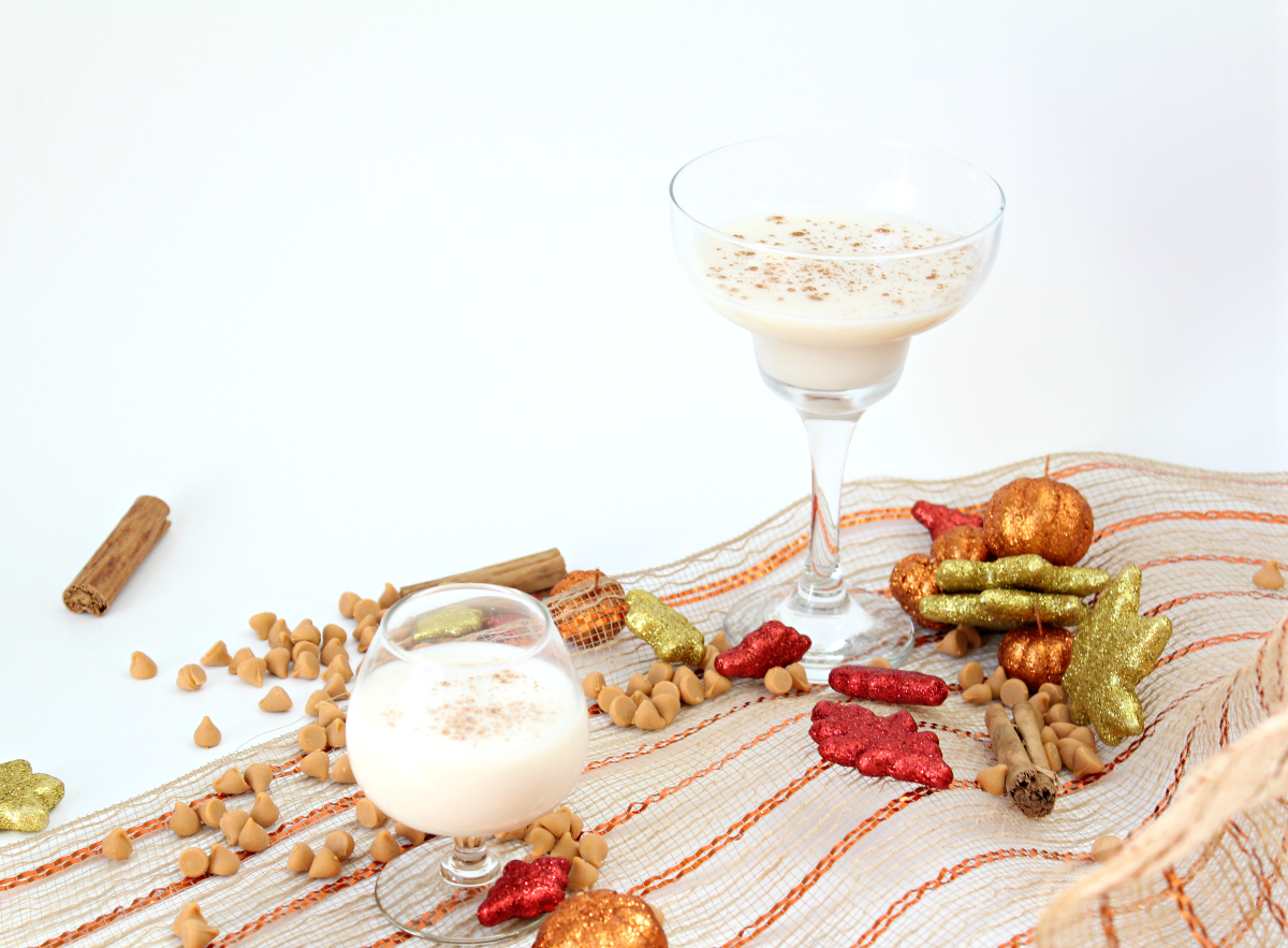 Creamy Butterscotch Holiday Martini