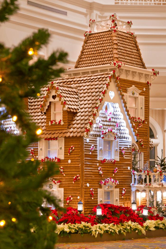 Best Disney Resorts Christmas Decorations