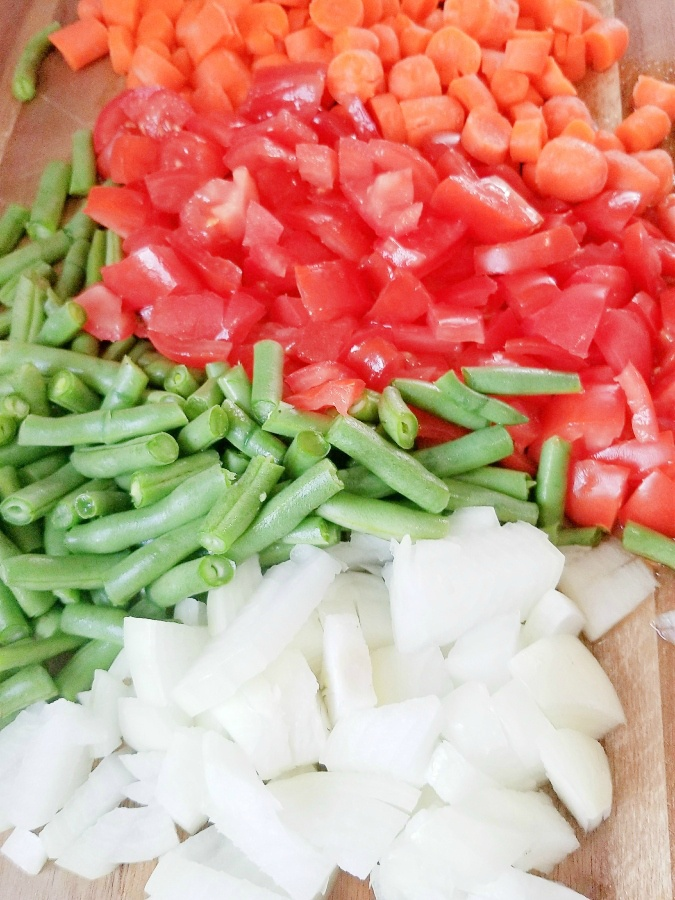 Slow Cooker Healthy Vegetable Soup Ingredients
