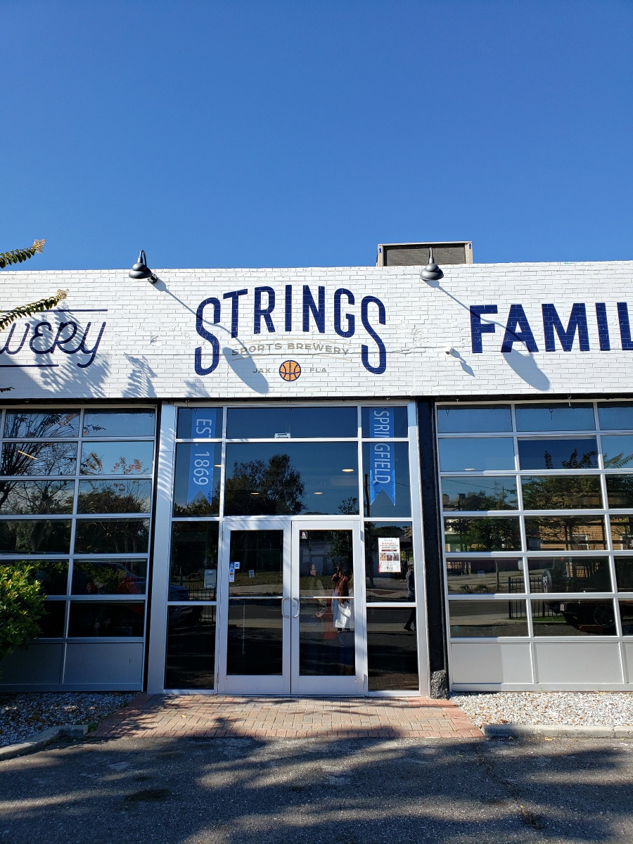 Things To Do In Jacksonville at Strings Sports Brewery