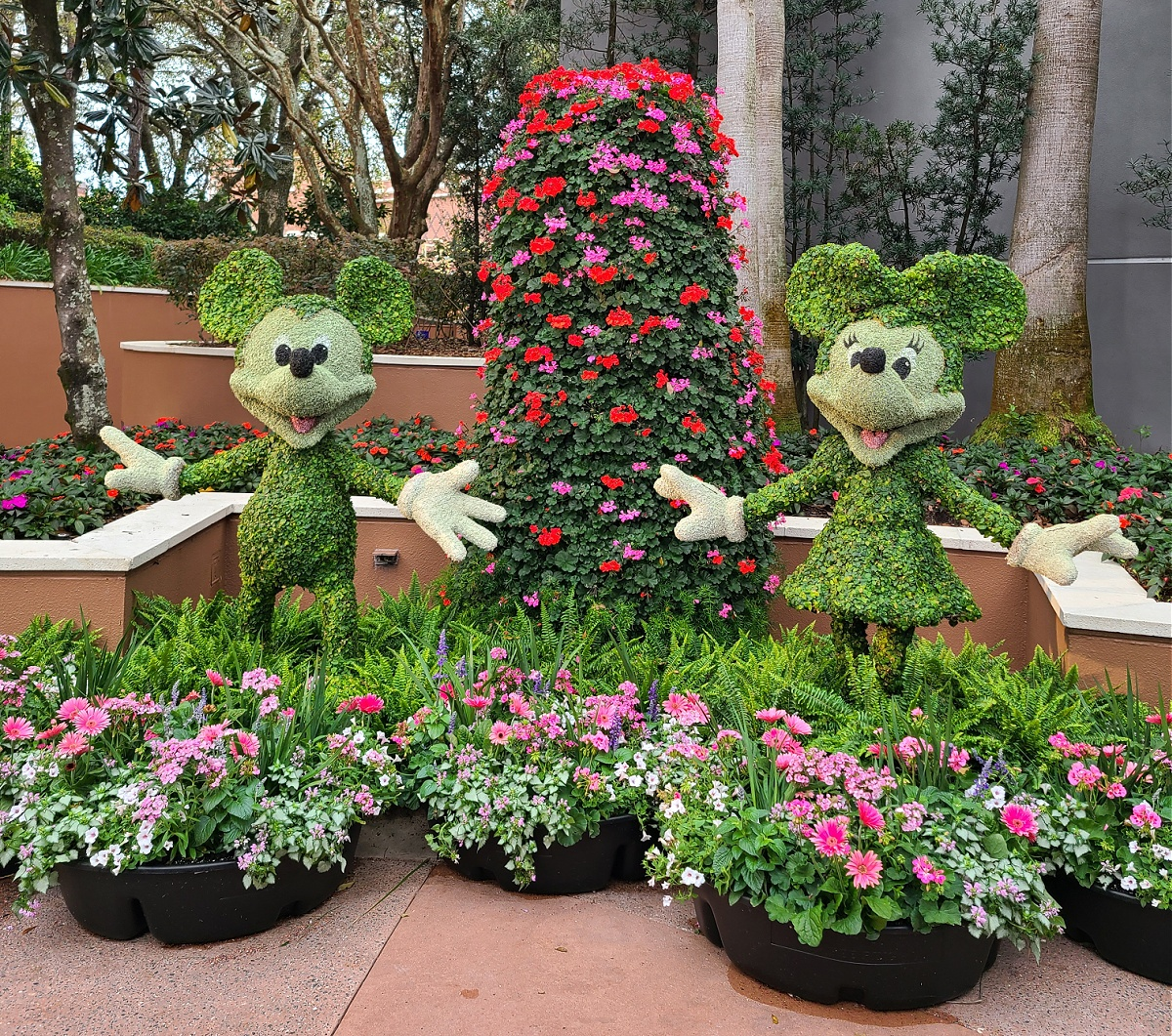 Best Epcot Flower and Garden Festival Topiaries