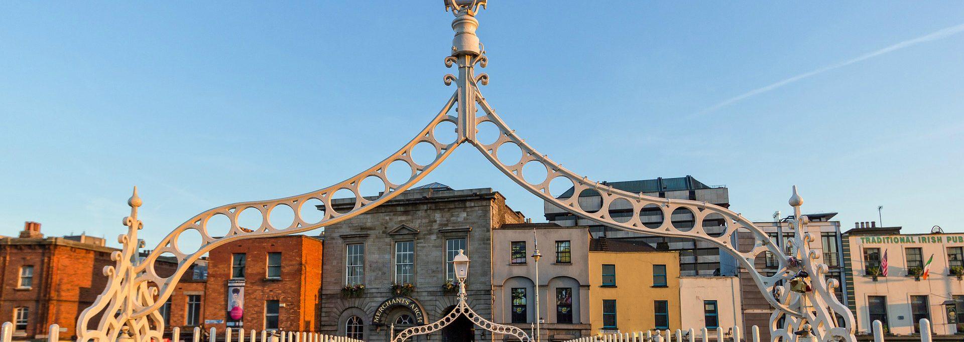 Free Things To Do In Dublin Ha'Penny Bridge