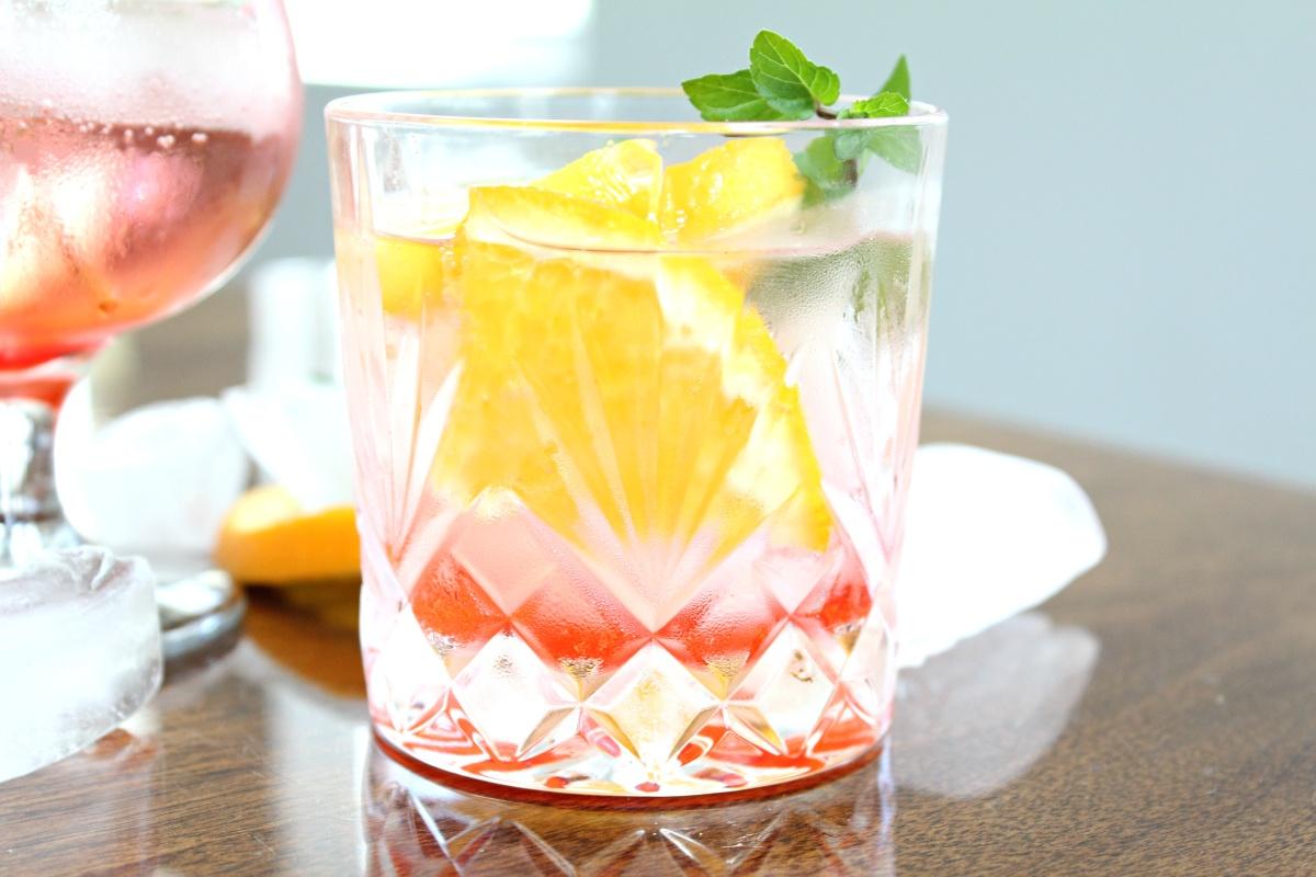 Easy Gin Daisy Cocktail