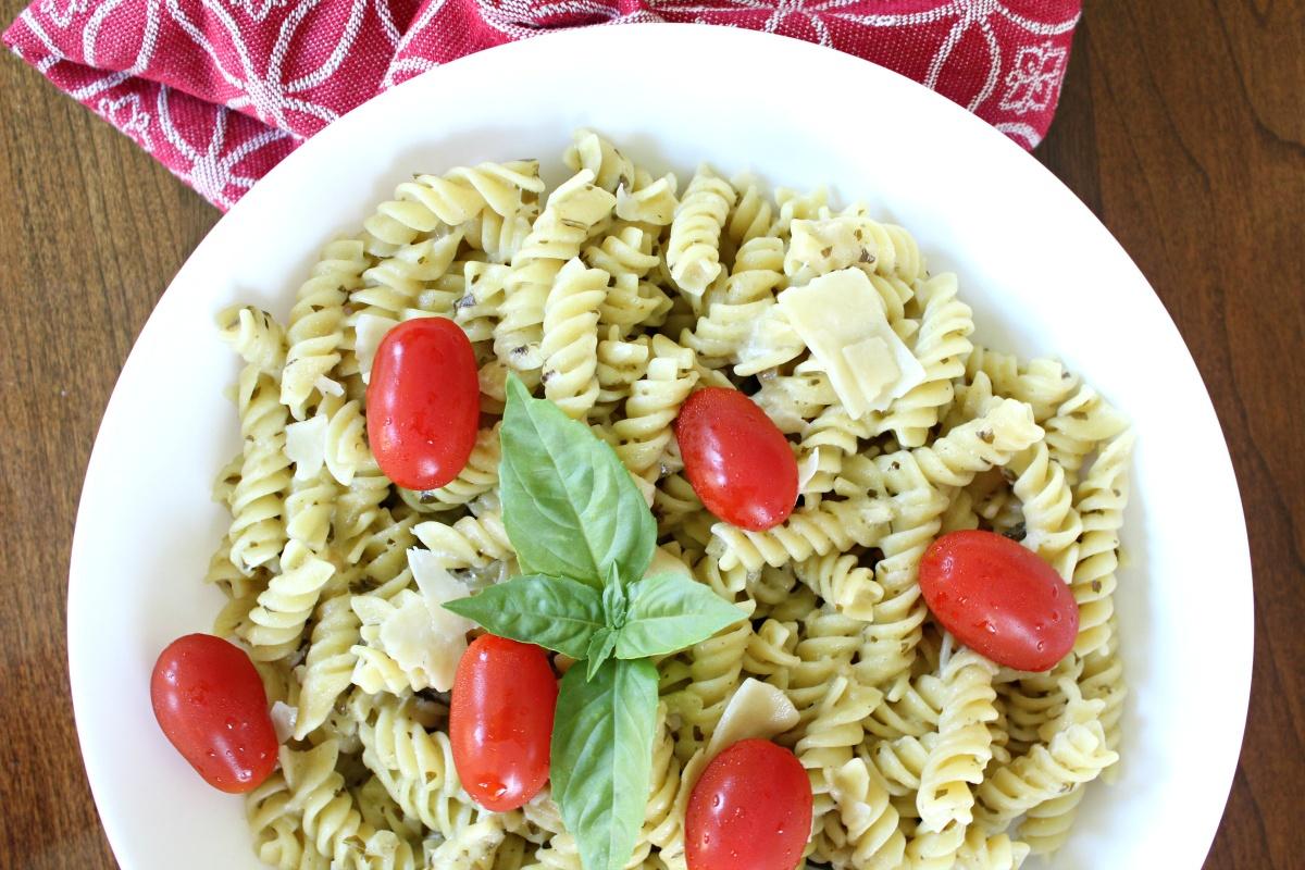 Best Pesto Alfredo Pasta