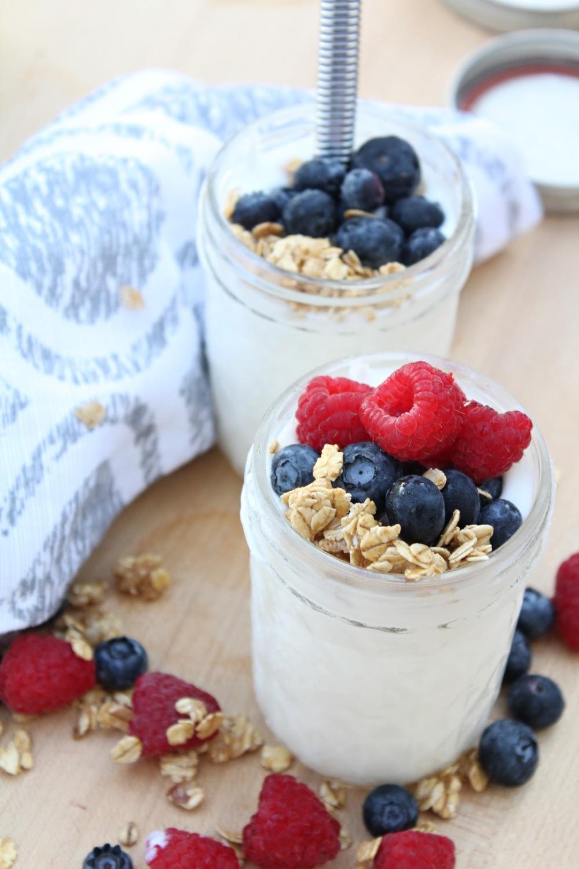 Tasty homemade vanilla yogurt