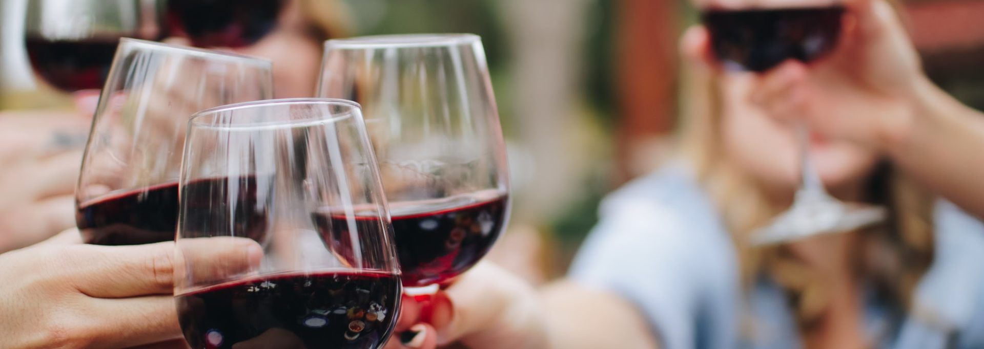 Red blend wines