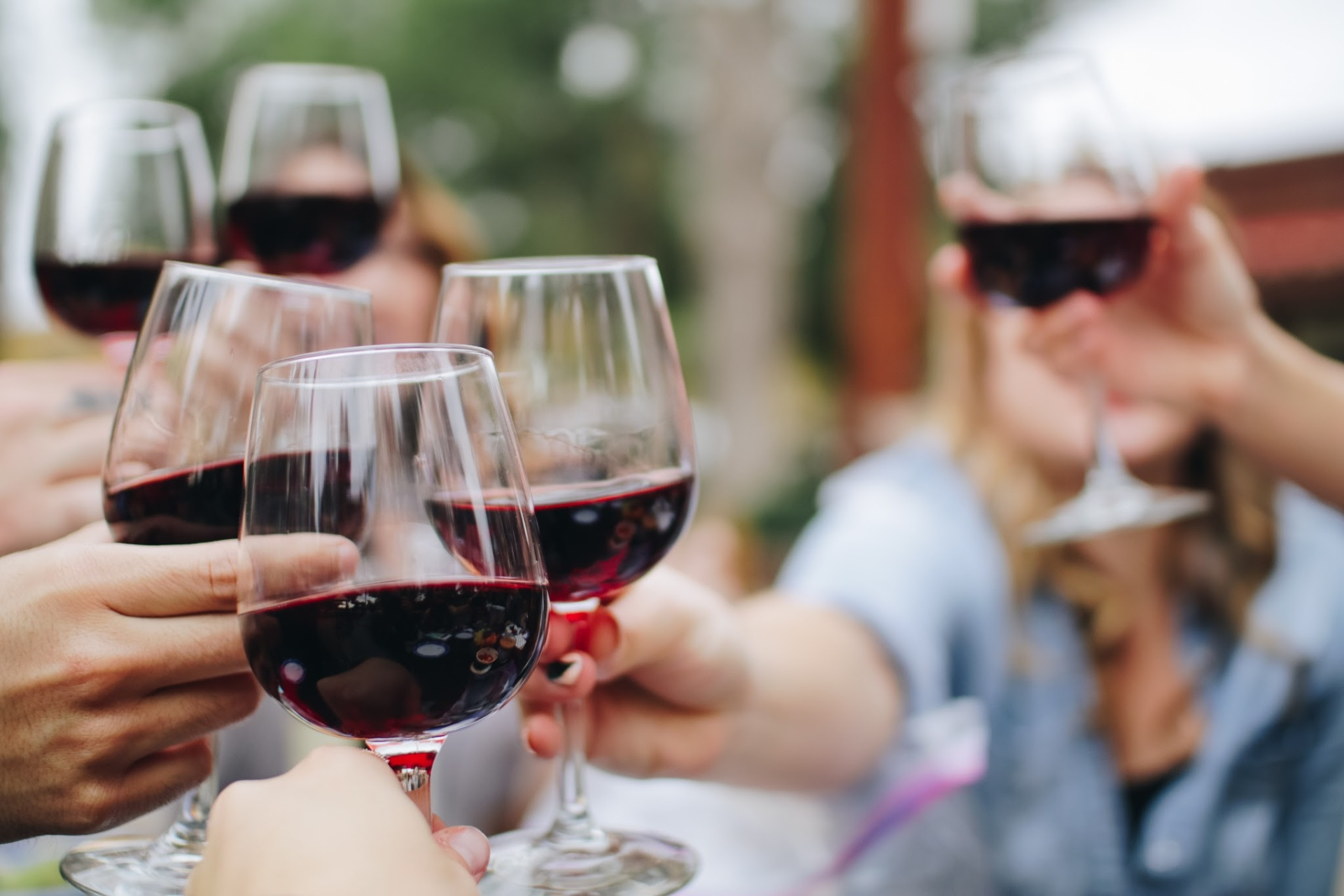 What are Red blend wines