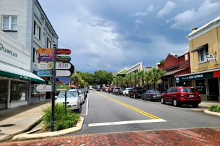 Family Outdoor Activities In Mount Dora Shopping