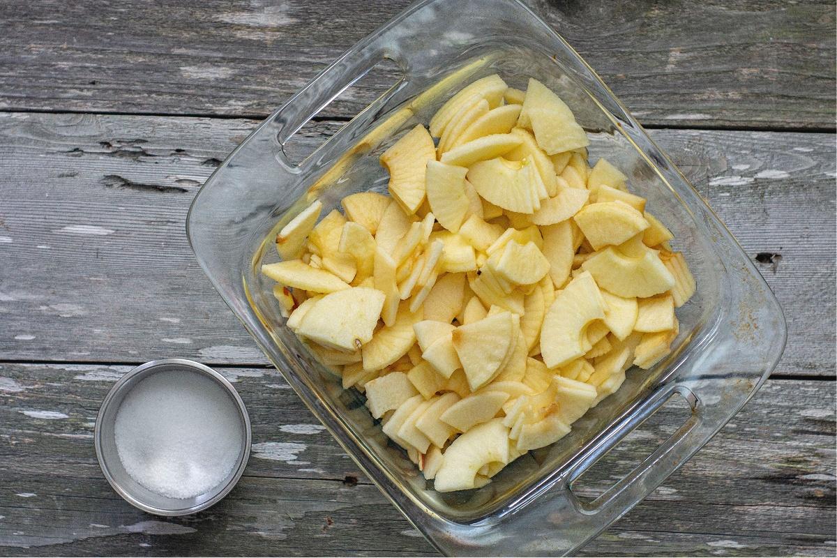 Easy Homemade Apple Crisp with Oats