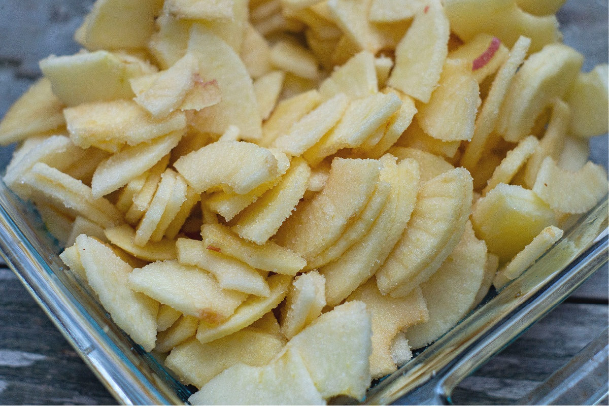 Tasty Homemade Apple Crisp with Oats