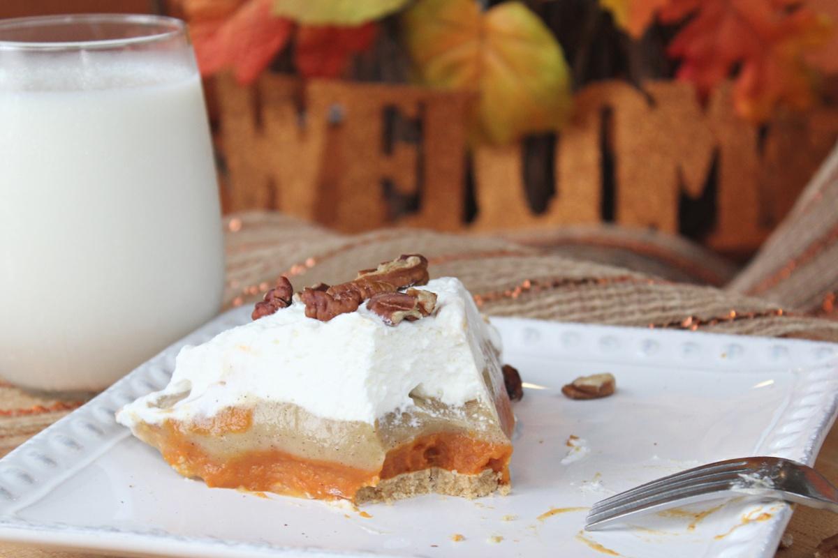 Tasty No Bake Triple Layer Pumpkin Pudding Pie
