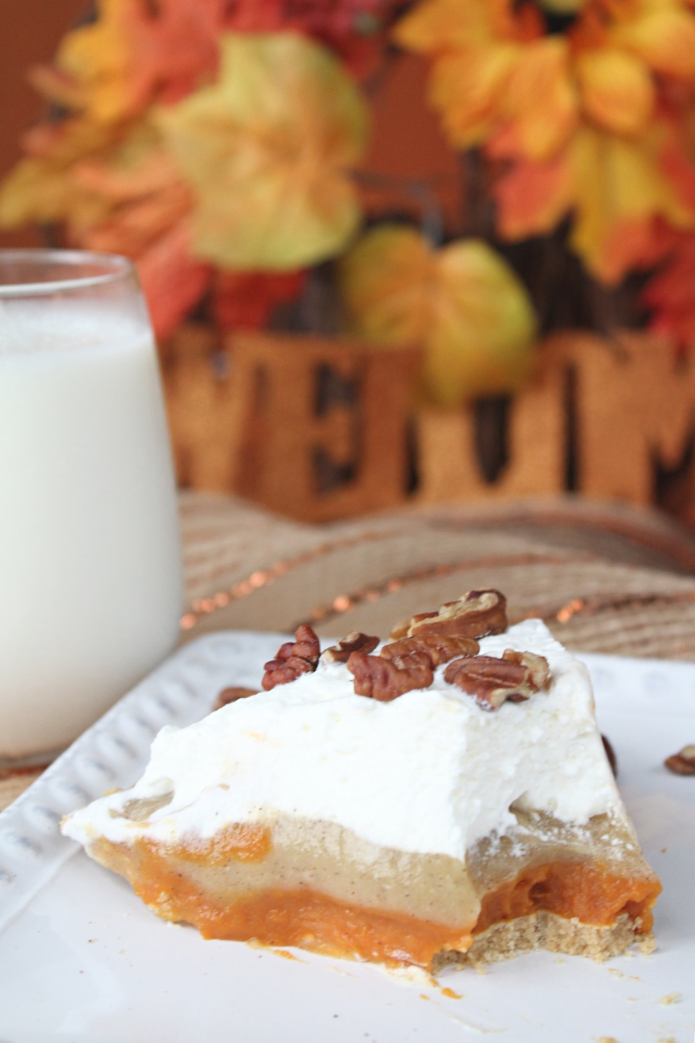 Easy No Bake Triple Layer Pumpkin Pudding Pie