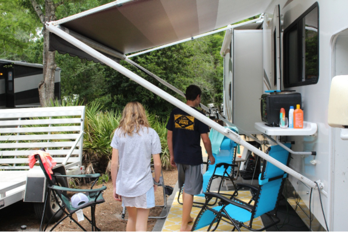 Camping at Fort Wilderness Campground