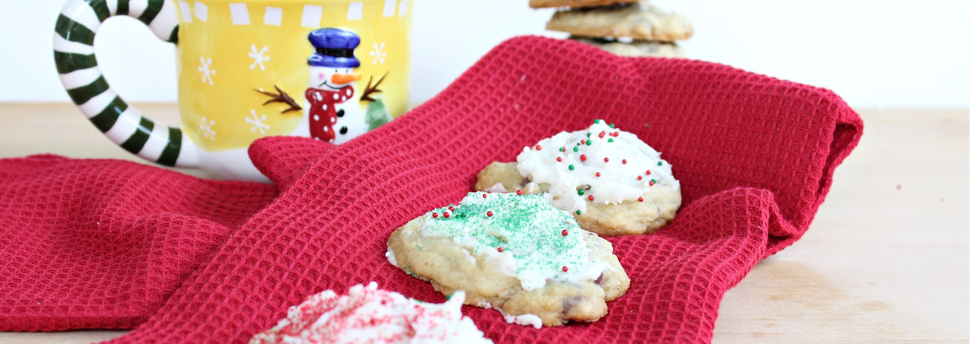 Peppermint Chocolate Chip Cookies feature