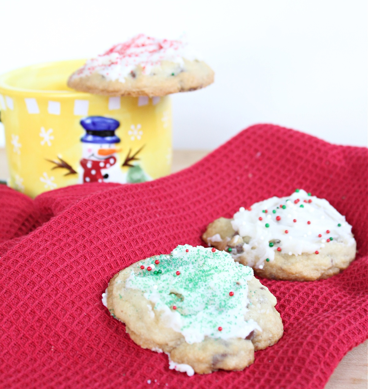Easy Homemade Peppermint Chocolate Chip Christmas Cookies