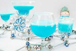 Frosty Snowflake Cocktail Feature
