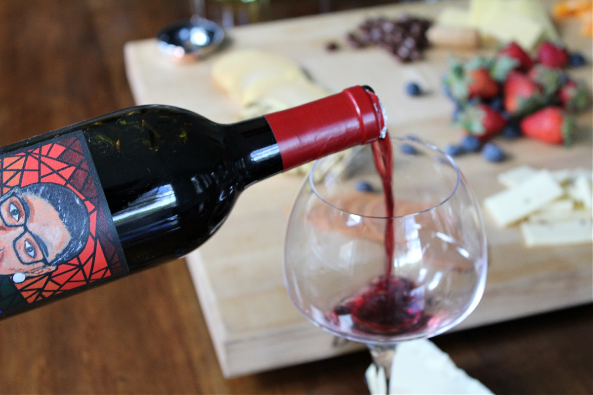 Tips For Hosting A Wine and Cheese Tasting Party