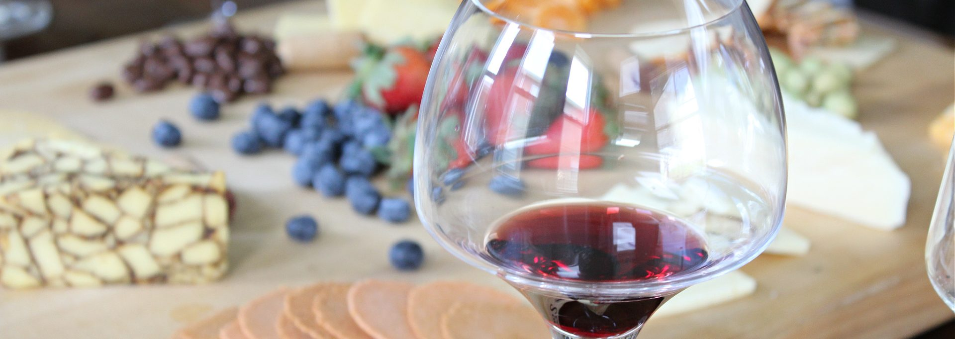 wine cheese pairing party feature