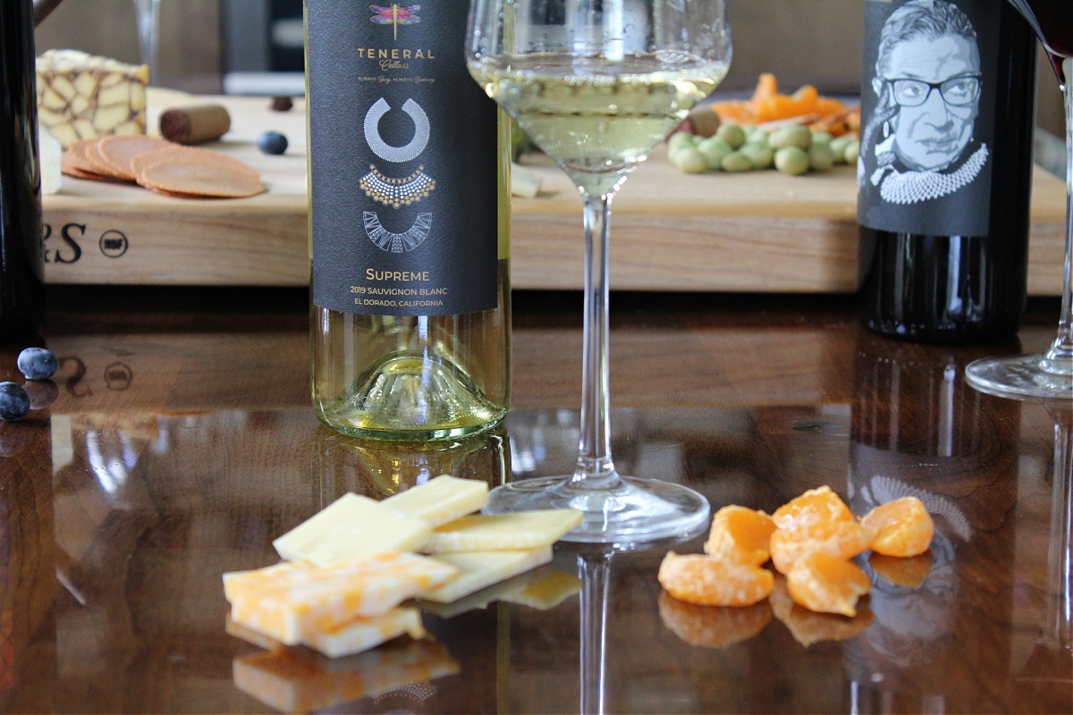 Best Tips For Hosting A Wine and Cheese Tasting Party